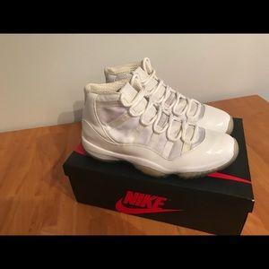 Nike Air Jordan XI Silver Anniversary Size 12